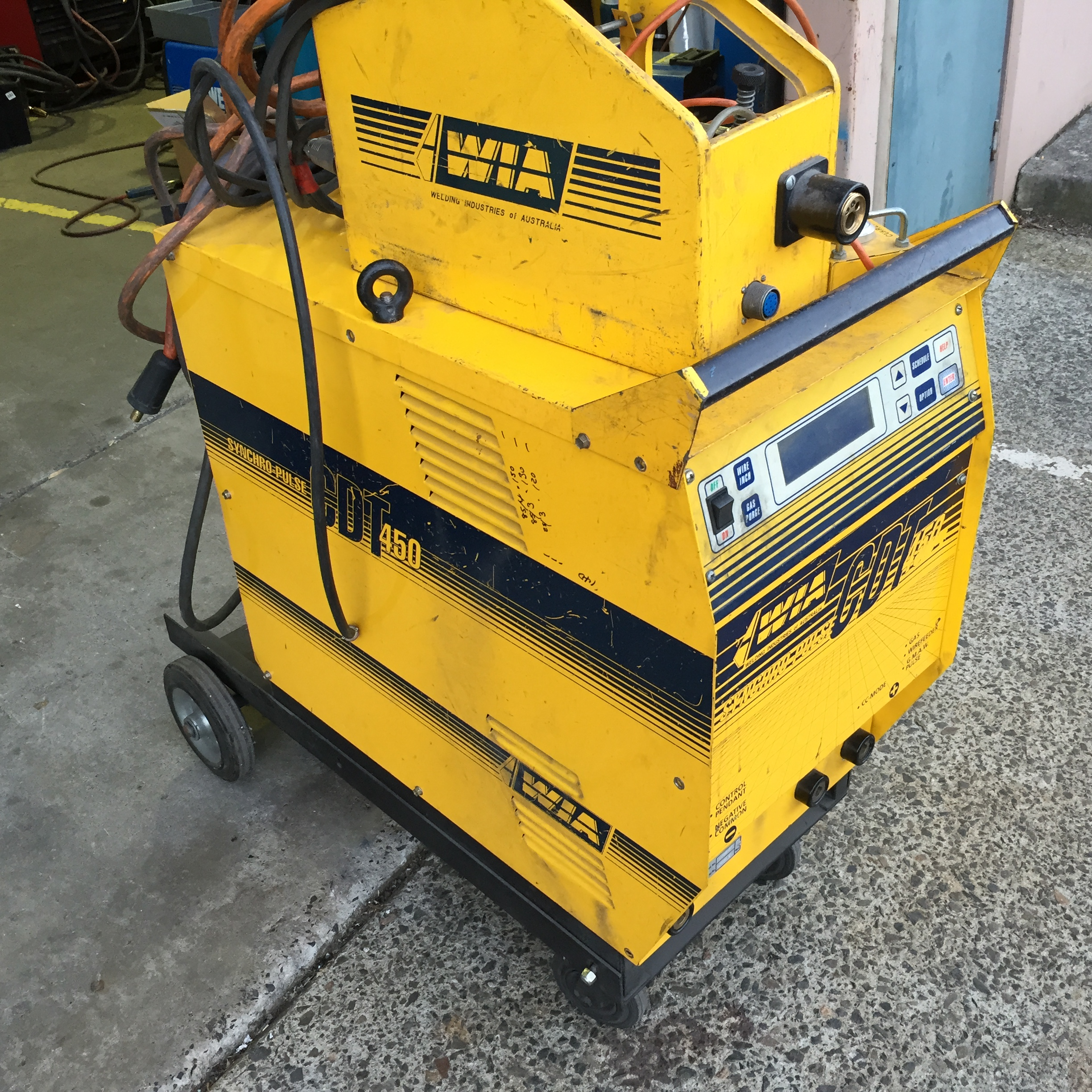 welder mig auction size lincoln july new matic item window wire in full sold